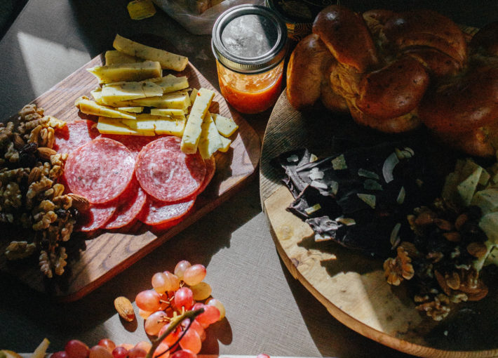 5 Steps to the Ultimate On-The-Road Charcuterie Board