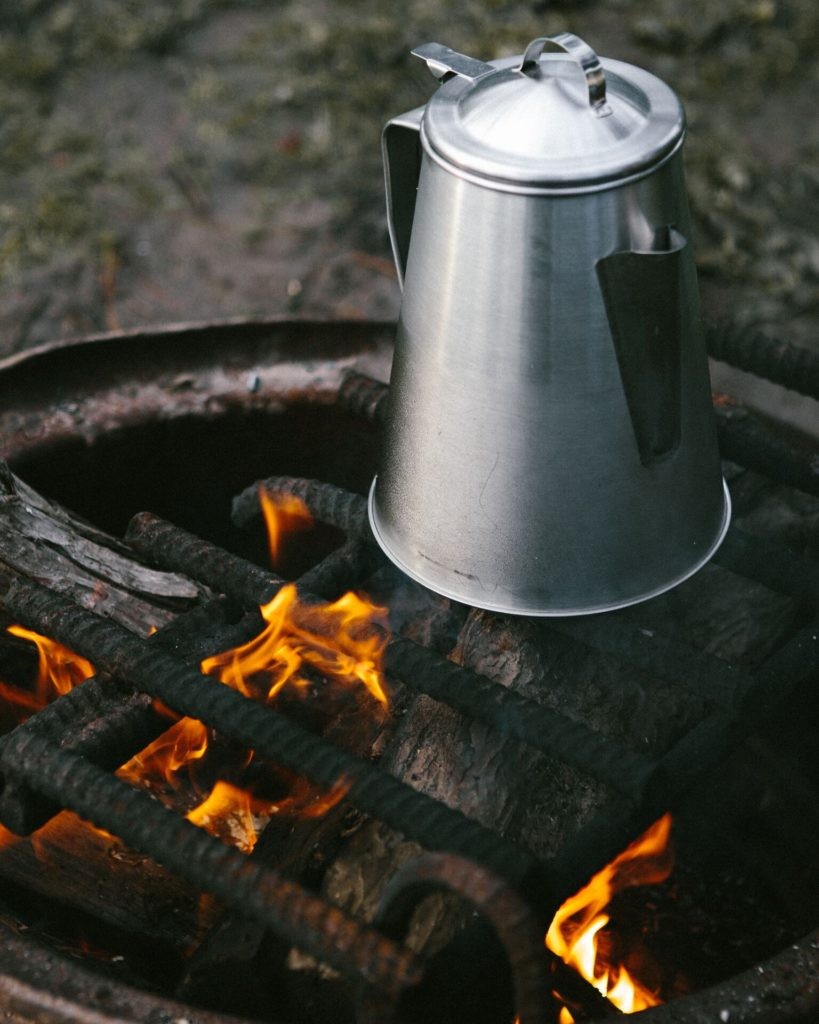 This Ozark coffee pot is so easy to use