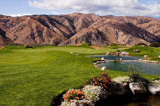 National Golf Month: These RV Campgrounds Are Located right By These Major Golf Courses