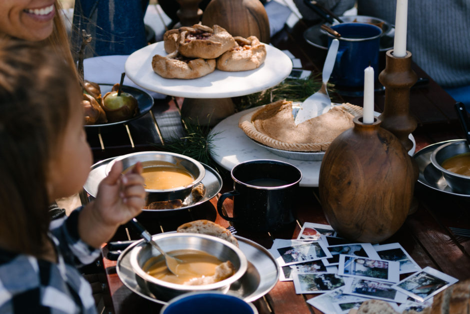 5 Food Ideas For The Easiest Friendsgiving at Your Campsite