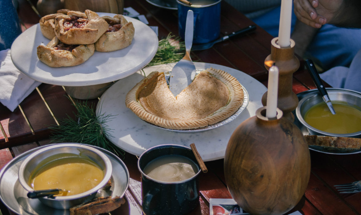 How to Host the Ultimate Friendsgiving at Your RV Campground
