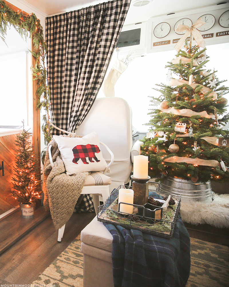 RV Christmas interior decorations