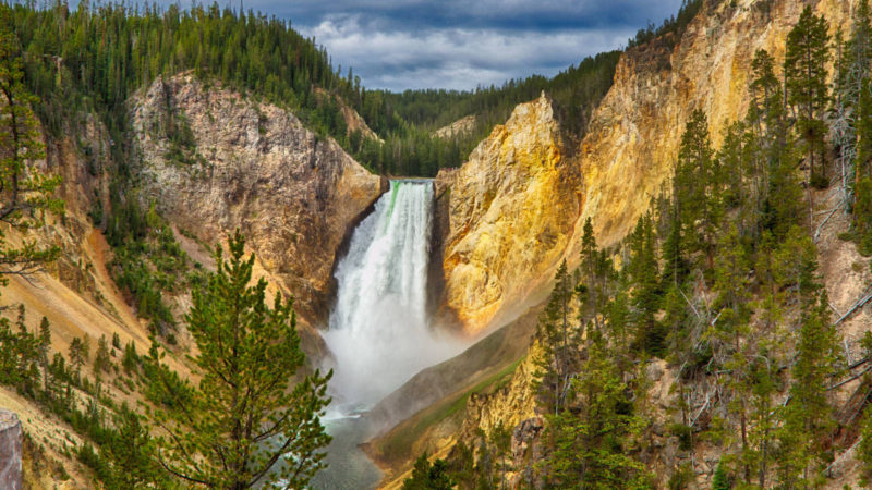 hike to these amazing waterfalls this summer