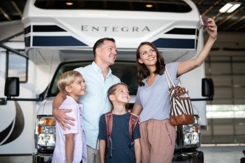 Video: Explore La Mesa RVs Delivery Center