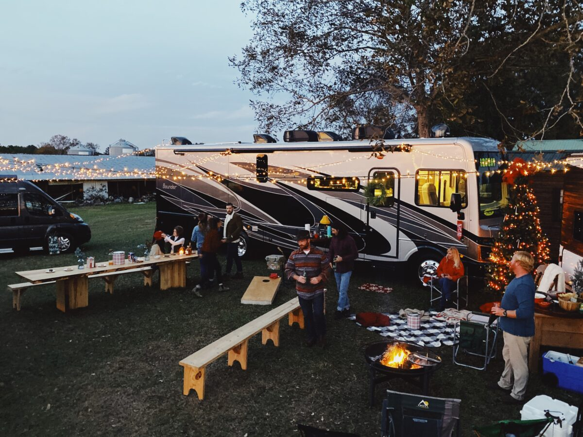 Use Your RV for These Purposes During The Holidays
