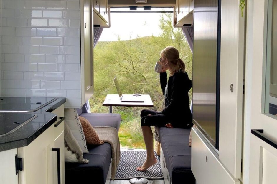 Top RVs for Working Remotely Full-Time
