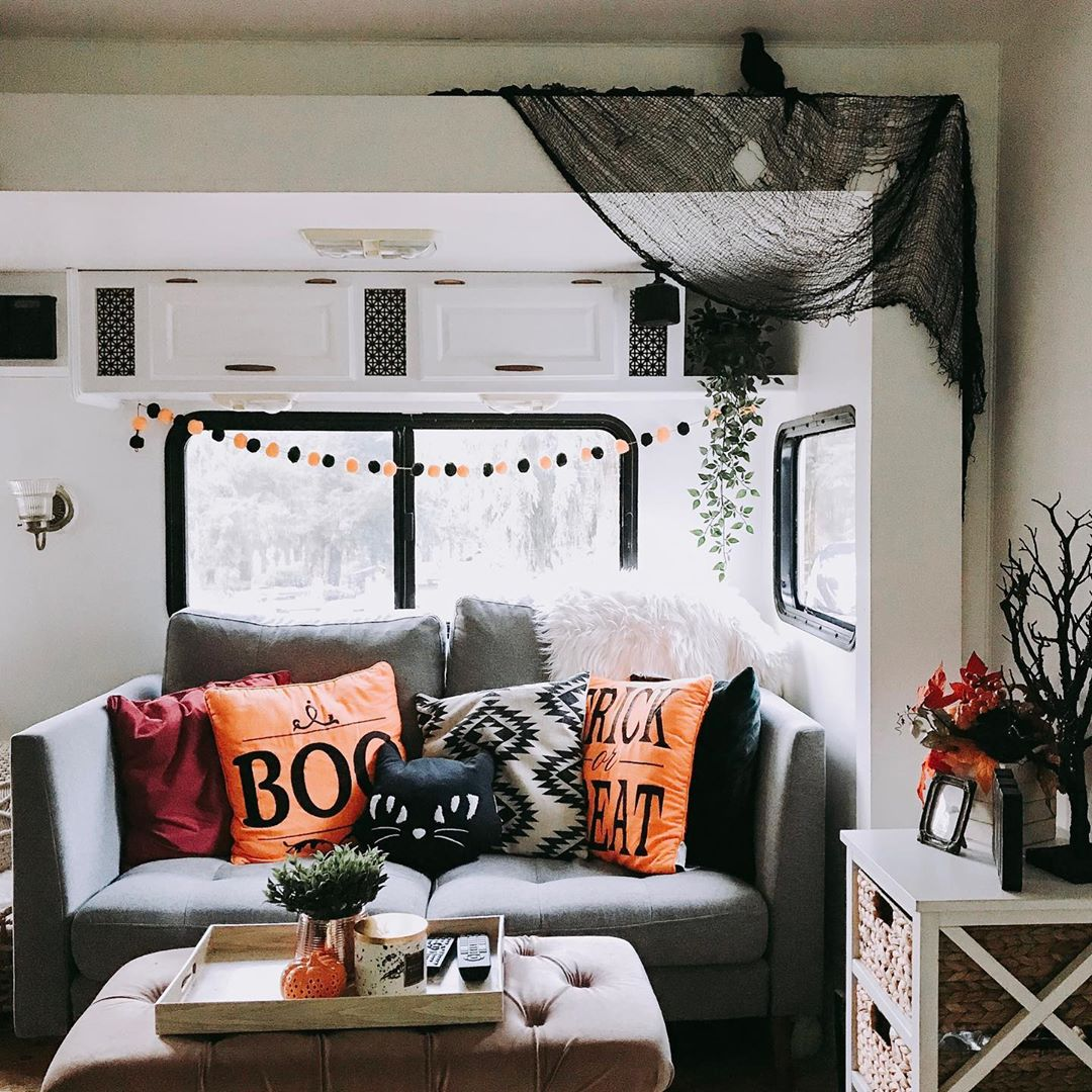 Decorating Your RV for Halloween